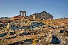 Ruines dans le village historique de Castelo Mendo Photos stock