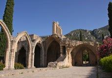 Ruines de beau monastère de Bellapais, Chypre du nord Images libres de droits
