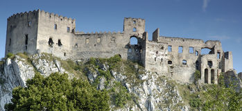 Ruines de Beckov, Slovaquie Photo libre de droits