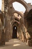 Ruines de brique de cathédrale dans Tartu images libres de droits