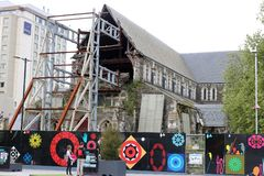 Ruines de cathédrale de Christchurch embarquées, NZ Images stock