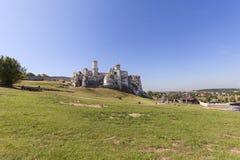 Ruines de château médiéval du 14ème siècle, château d'Ogrodzieniec, Podzamcze, Pologne Images libres de droits