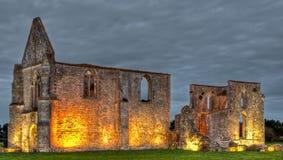 Ruines de chateliers de DES d'abbaye Photos stock