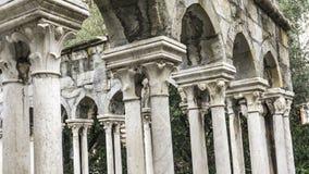 Ruines de cloître de St Andrew à Gênes, Italie Image libre de droits