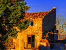 Ruines de guerre de village de Belchite dans Aragon Espagne au crépuscule Photos stock