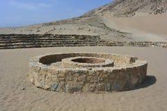Ruines de la civilisation de Caral-Supe, Pérou Image stock