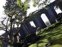 ruines Ruines de la paroisse de l'ADAC de ³ de Santiago ApÃ, Cartago, Costa Rica photos stock