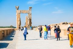 Ruines de la porte antique de toutes les nations, Persepolis l'iran photos libres de droits