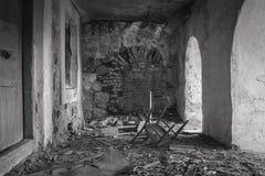 Ruines de la vieille maison de brique de Tomasz Wawzecki Village de Vidzy Photo libre de droits