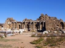 Ruines de la ville antique du côté photo stock
