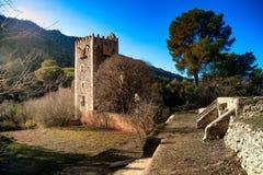 Ruines de monastère médiéval de Jeronimos en Espagne Photographie stock libre de droits