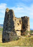 Ruines de peu de chapelle près d'église de Jvari Image libre de droits