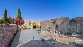 Ruines de Santa Maria Church à l'intérieur du château de Palmela Photographie stock libre de droits