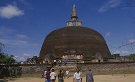 Ruines de Tempel de la ville antique Polonnaruwa de roi sur Sri Lanka photo stock