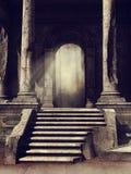Ruines de temple antique dans les bois Photographie stock