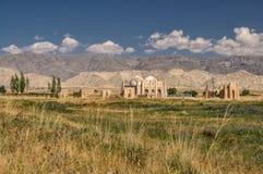 Ruines de temple au Kirghizistan Photographie stock libre de droits