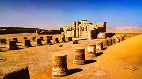 Ruines de temple d'EL-Haggar de Deir, oasis de Kharga, Egypte Image stock