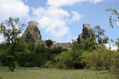 Ruines de Trosky Photos stock