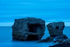 Ruines de vieille Chambre de brique Casernes construisant en mer baltique Photos stock