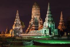 Ruines de Wat Chaiwatthanaram à Ayutthaya image stock