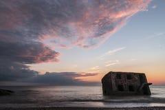 Ruines des forts du nord pendant le coucher du soleil dans Liepaja, Lettonie Photos stock