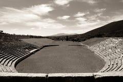 Ruines do estádio na cidade de Messina antigo, Peloponnesus, Grécia Imagem de Stock