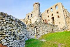 Ruines du château d'Ogrodzieniec en Pologne Images libres de droits