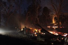 Ruines du feu Image stock