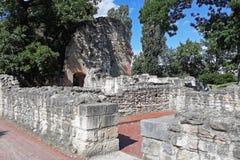 Ruines du monastère dominicain photos stock