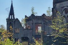 Ruines du palais dans Kopice en Silésie photo stock