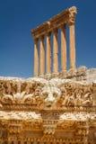 Ruines du site sacré romain antique Baalbek images stock