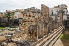 Ruines du temple antique d'Apollo dans la ville de Siracuse image stock
