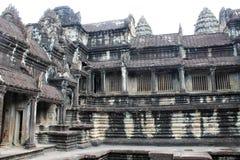 Ruines en pierre de temple chez Angkor Vat, Cambodge Images stock