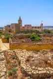 Ruines et cathédrale de citadelle photographie stock
