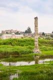 Ruines inondées d'un temple antique Photographie stock