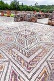 Ruines romaines de Conimbriga Trottoir de mosaïque romain complexe et élaboré de tessera dans la Chambre du svastika Image stock