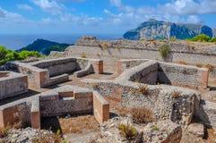 Ruines romanos na ilha de Capri fotos de stock royalty free