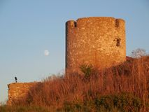 Ruines sous la lune Photo stock