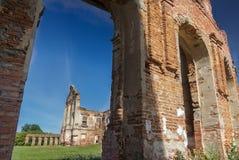 Ruines survécues de palais de Ruzhany de résidence de famille de magnat de Sapieha au Belarus Images libres de droits