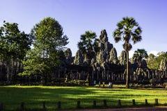 Ruinez le temple antique en pierre de Bayon images libres de droits