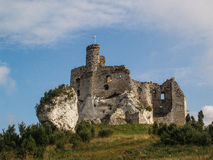 Ruiniert medival Schloss in Mirow, Polen Lizenzfreie Stockfotografie