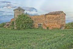 Ruinierte Landwirthäuser in der italienischen Landschaft Lizenzfreie Stockbilder