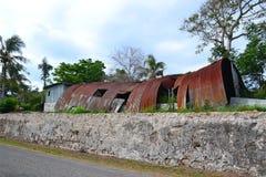 Ruinierte Nissen-Hütte Stockfotos
