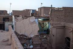 Ruinierte traditionelle Häuser des luftgetrockneten Ziegelsteines Lizenzfreies Stockfoto