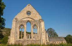 Ruinierte Wand und Fenster von Abtei Valle Crucis nahe Llangollen Stockfotos