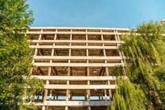 Ruiniertes Industriegebäude der Höhe Lizenzfreies Stockfoto
