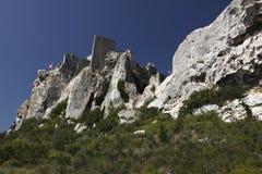 Ruiniertes Schloss in Les Baux-De-Provence stockfoto