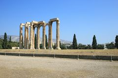 Ruins of ancient temple of Zeus, Athens Royalty Free Stock Photos
