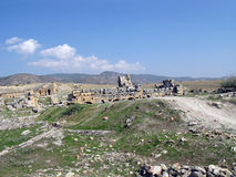The ruins on the plateau of ancient Hierapolis Royalty Free Stock Photos