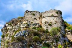 Ruiny średniowieczny fort w Gerace fotografia royalty free